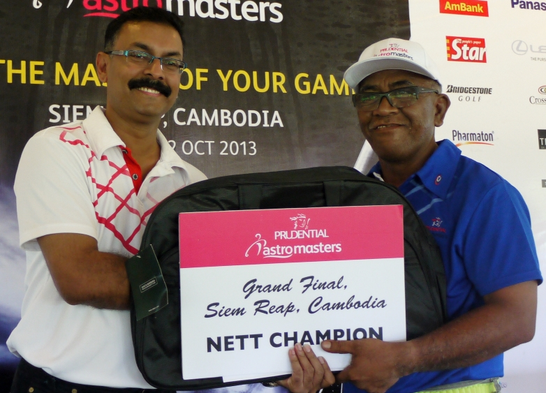 Jeganathan of Astro with nett winner Othman Hashim from Manjung_web